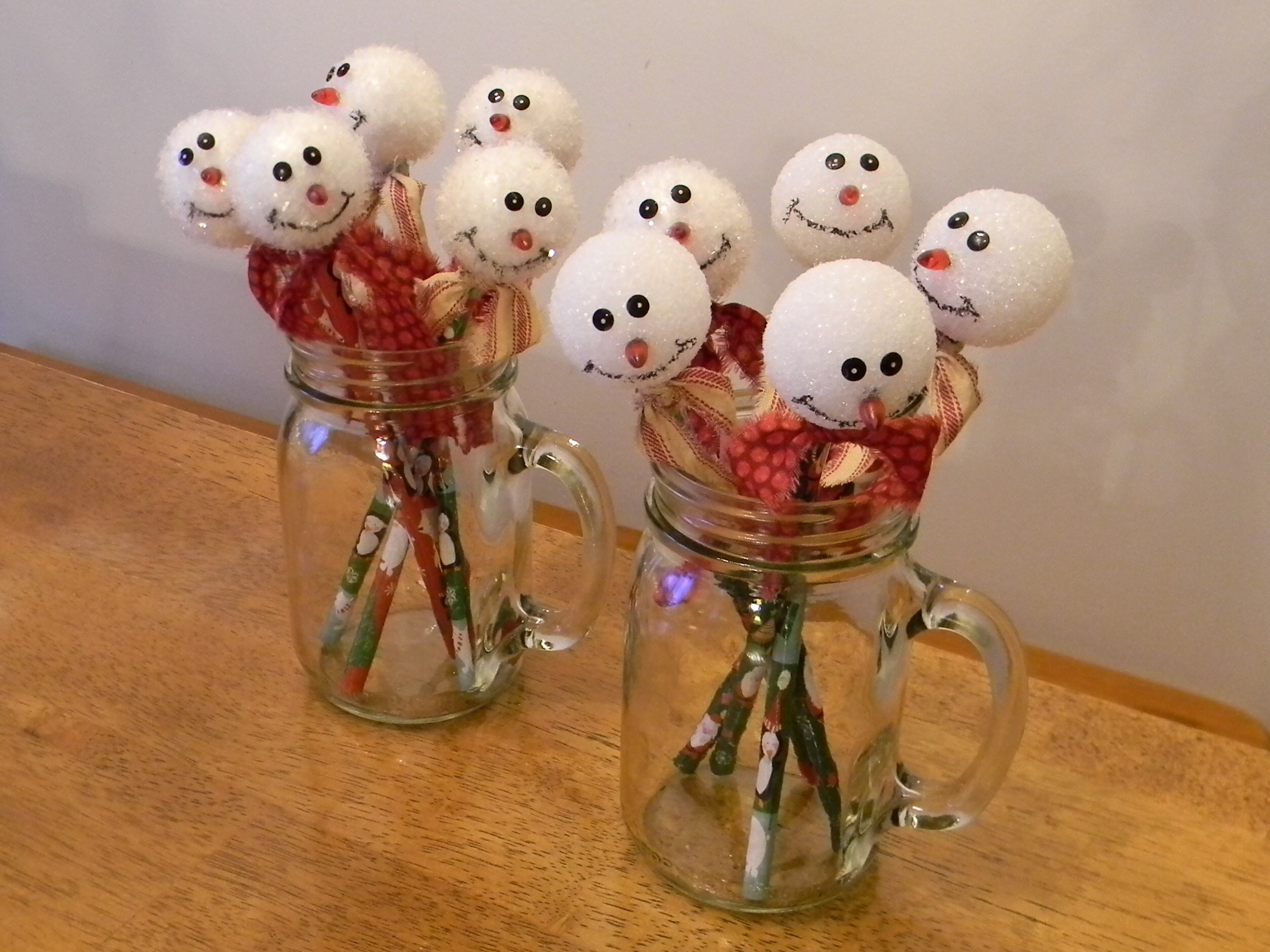 Snowman pencil topper organize and decorate everything for Christmas crafts for kids to sell