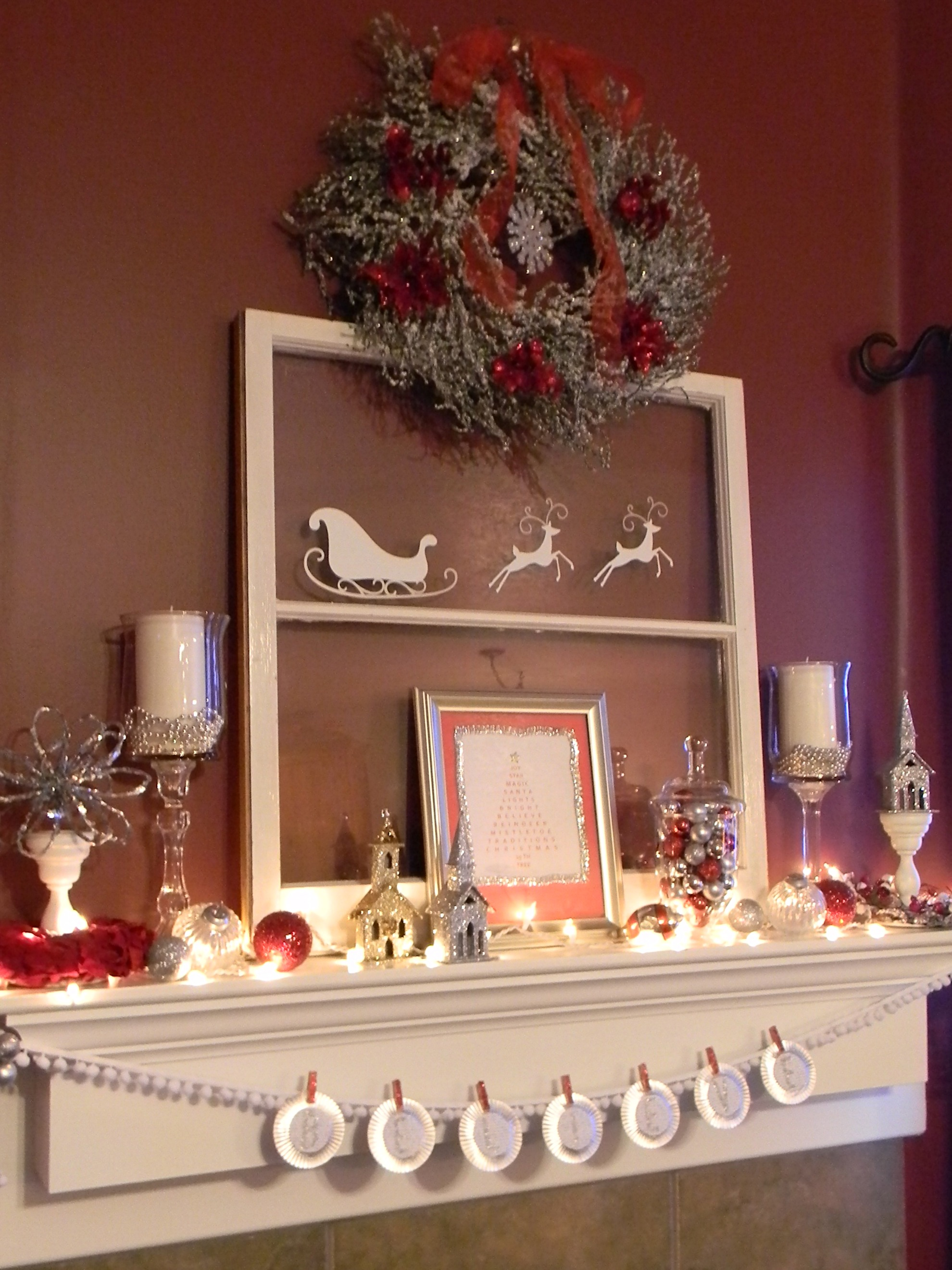 White silver and red christmas mantel organize and for Red christmas decoration ideas