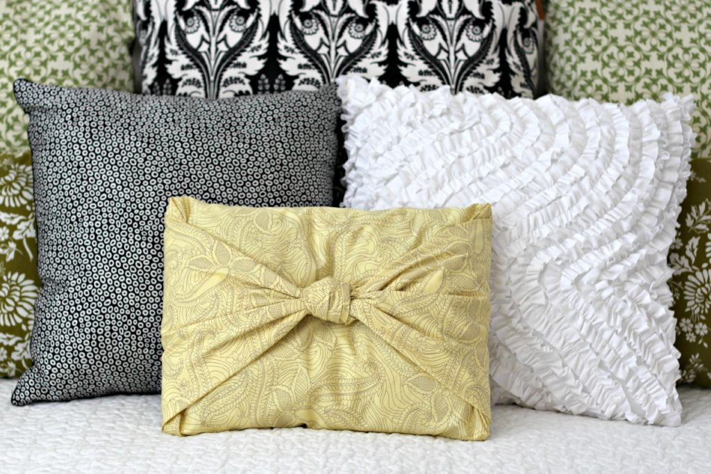 Easiest No Sew Pillow Cover bedroom