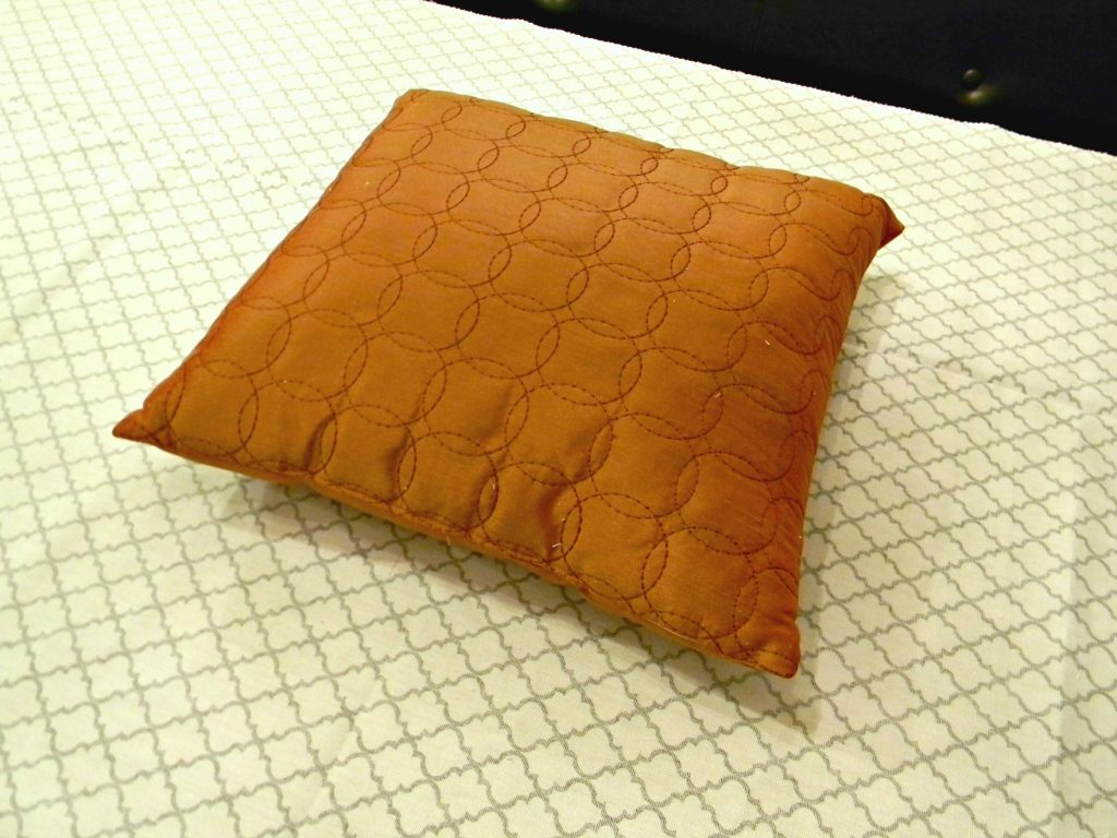 Easiest Pillow Cover Ever 1