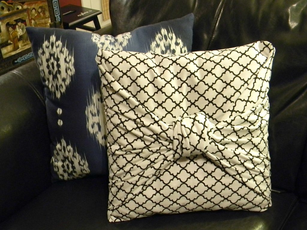Easiest Pillow Cover Ever 4