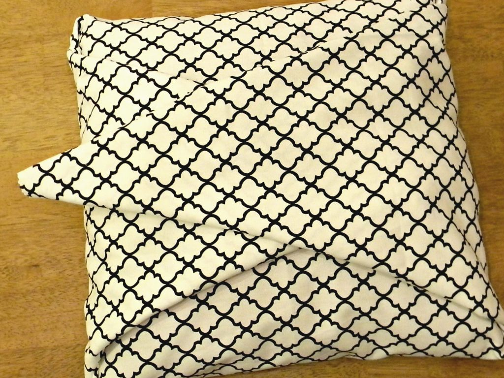 Easiest Pillow Cover Ever 7
