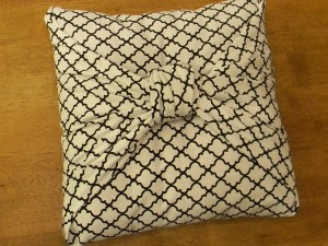 No Sew Throw Pillows Cover: The Easiest Pillow Cover Ever   Organize and Decorate Everything,