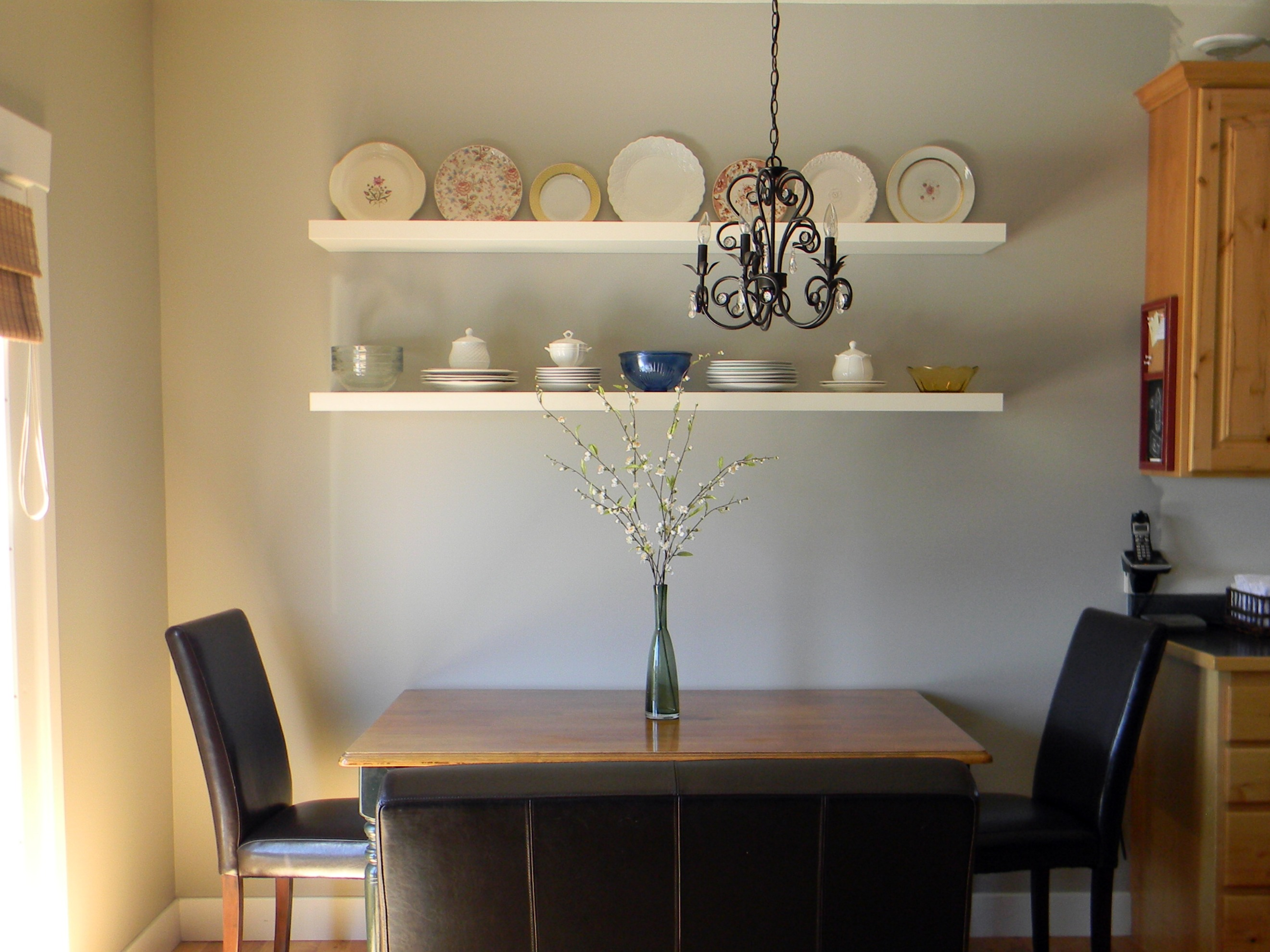 Dining Area Wall Complete - Organize and Decorate Everything