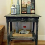 Summer Entry Table Vignette
