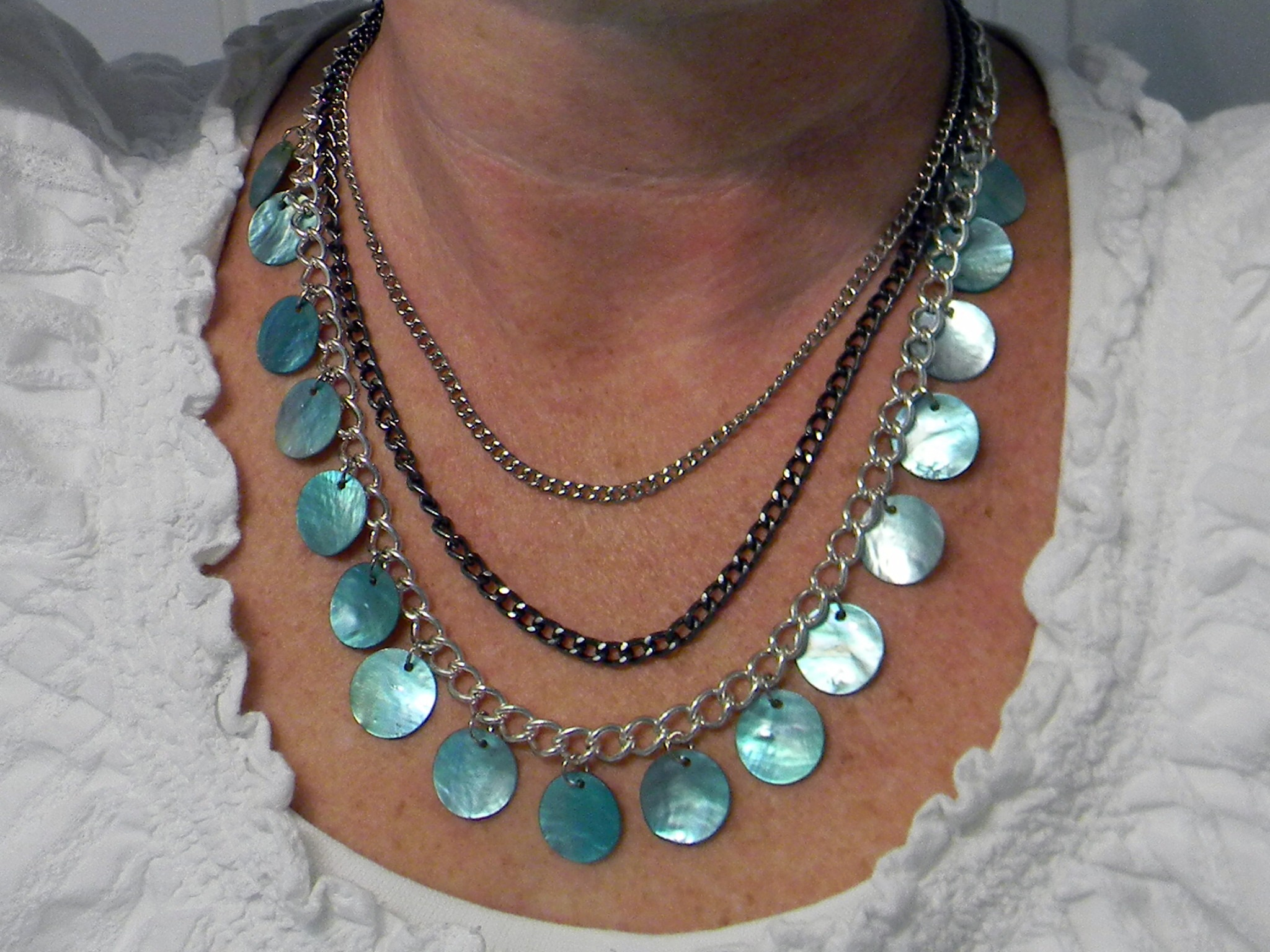 Shell Necklace - Organize and Decorate Everything