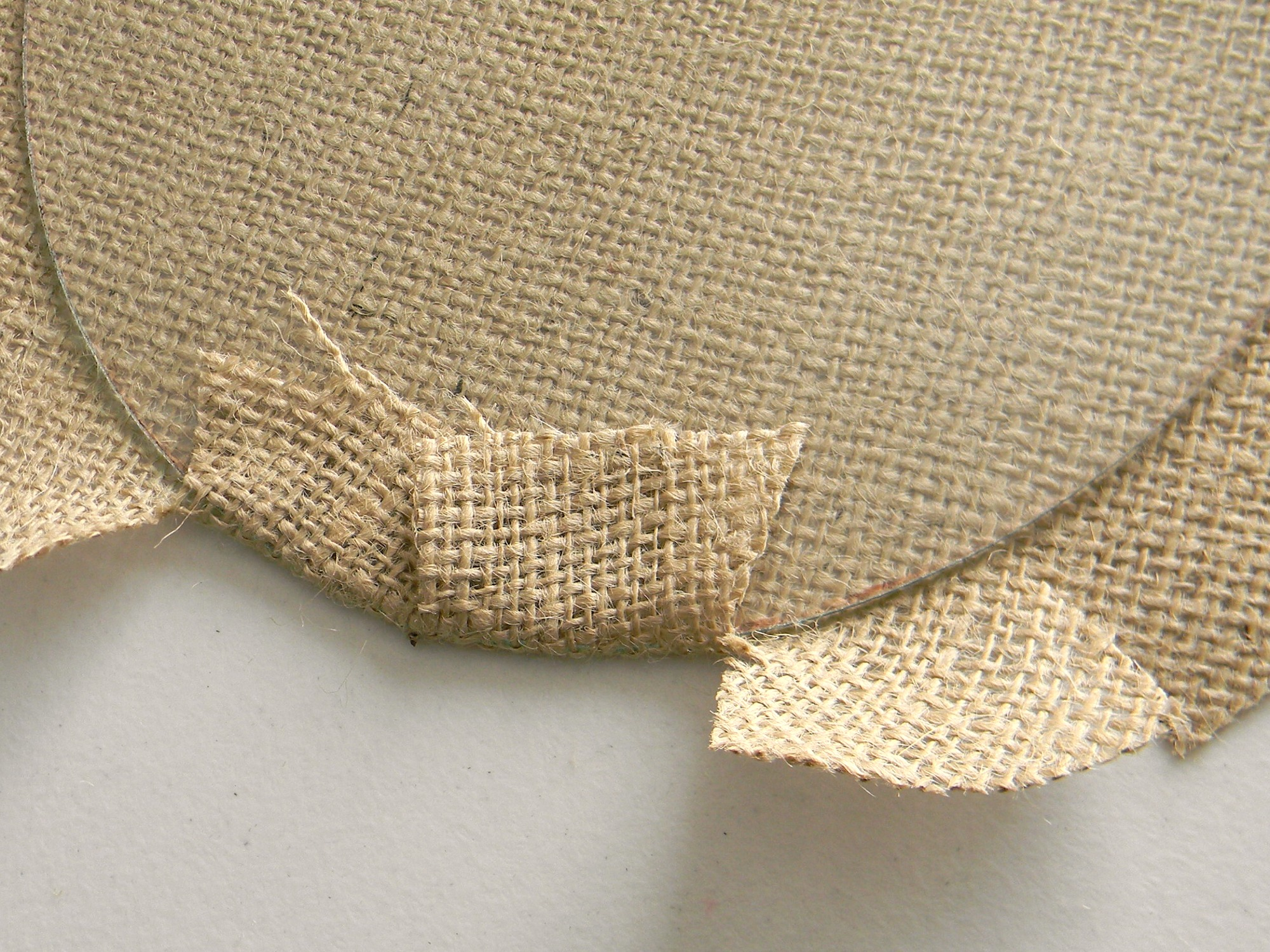 Crafts made with burlap fabric quotes for Burlap fabric projects