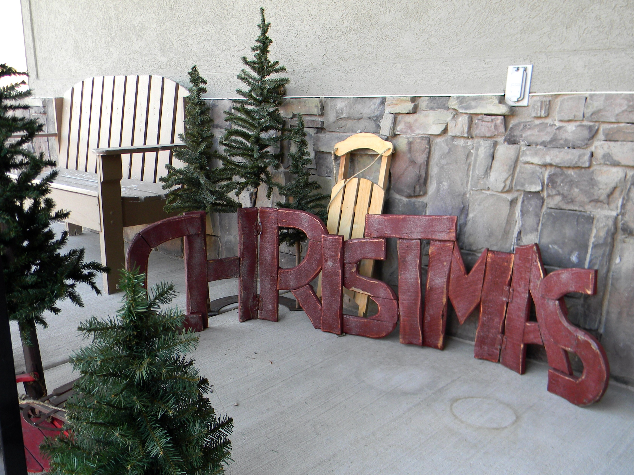 Ideas About Christmas Decorations For Porch Railings