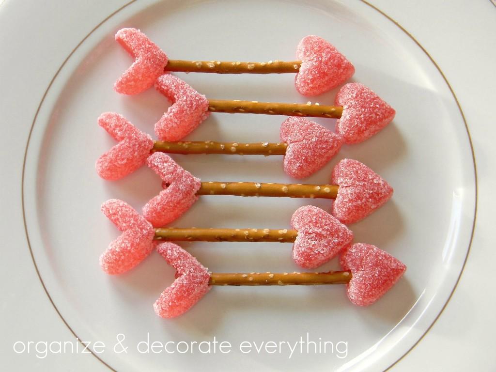 zoute sticks met snoephartje, leuk voor Valentijnsdag