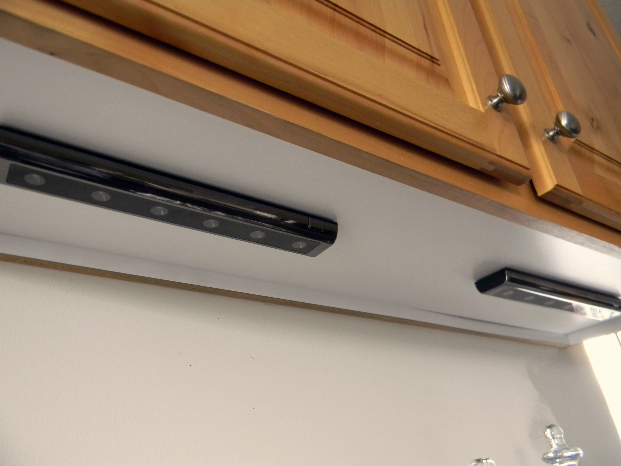 Under Cabinet Lighting Organize And Decorate Everything