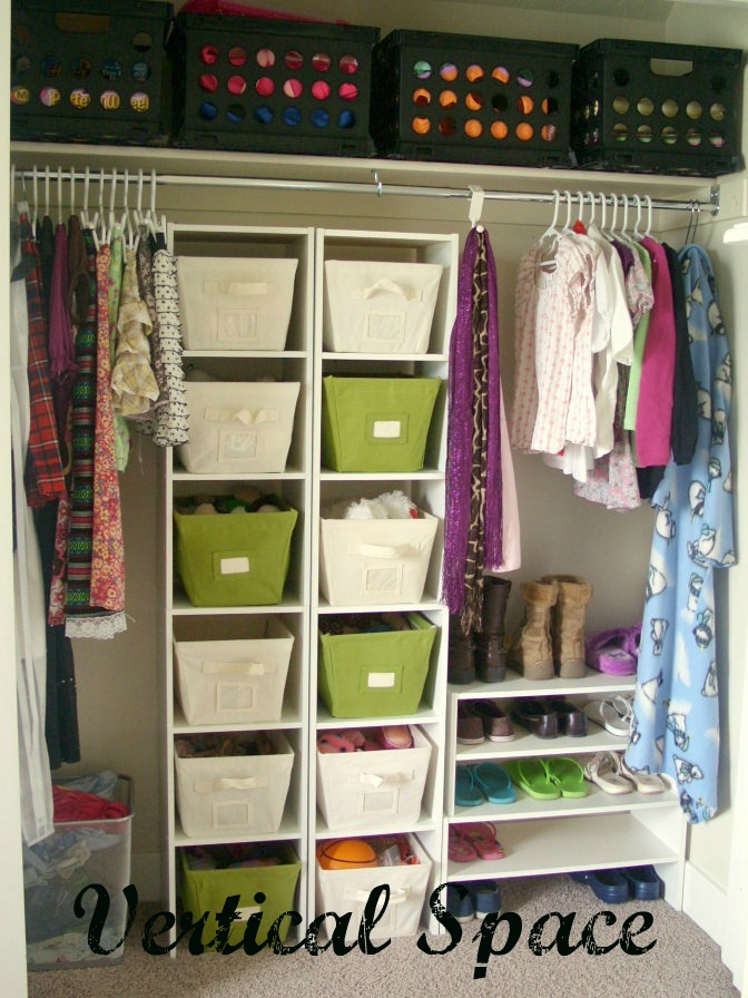 Organized kids rooms organize and decorate everything for Organized kids rooms