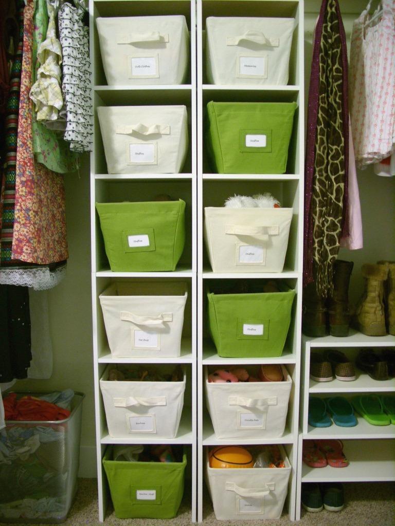 organize apartment closet closets to organize