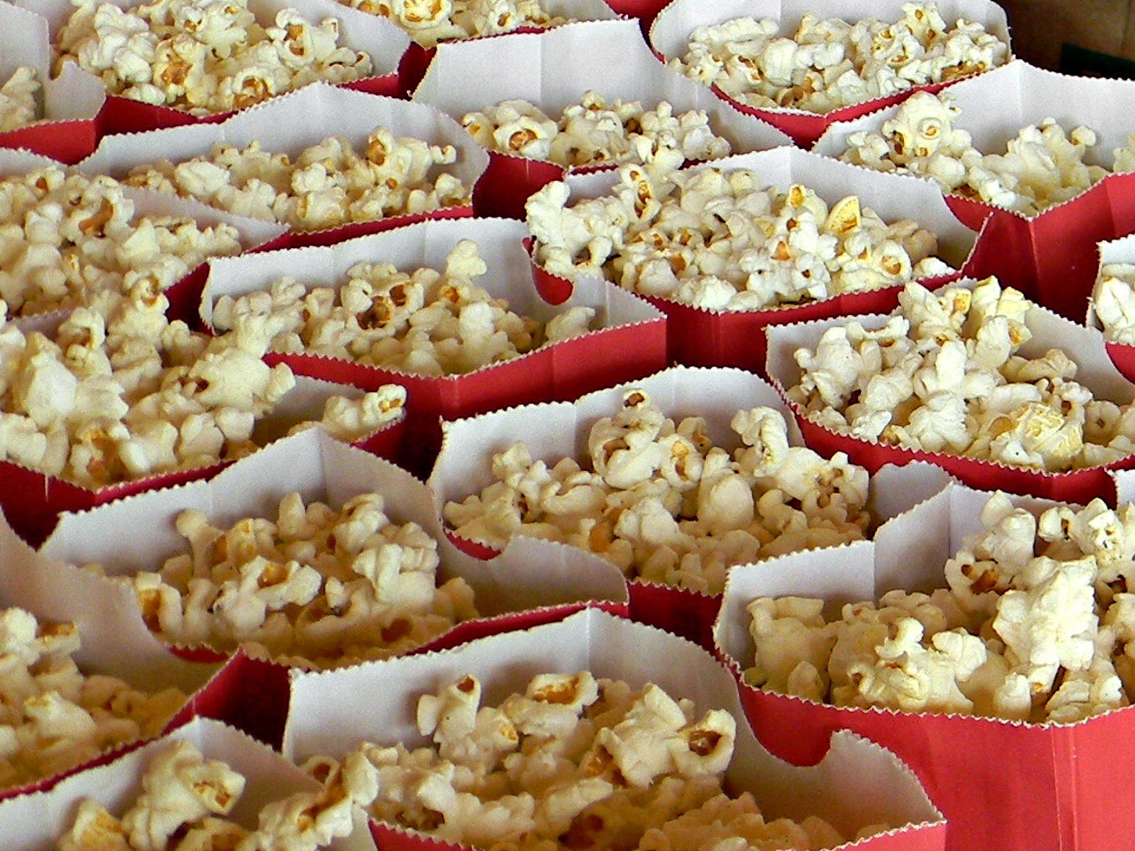 girls-camp-popcorn.jpg
