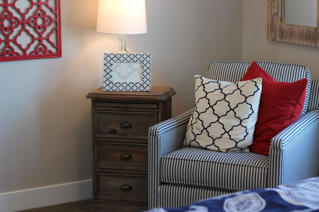 Accessorizing Your Home using Color