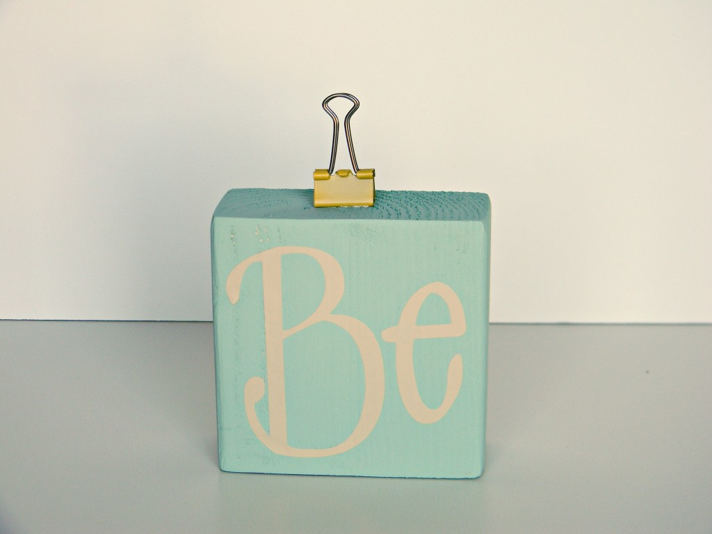 Be Thankful blocks attach binder clip