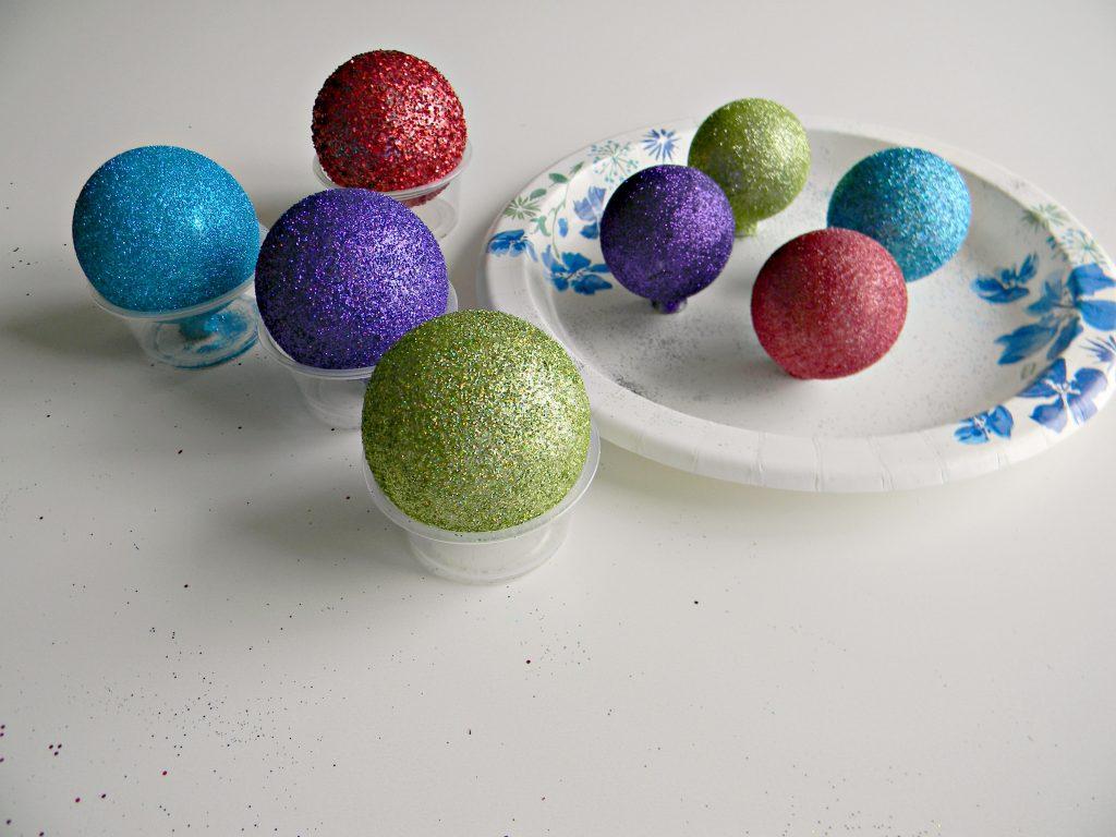 drying glitter ornaments