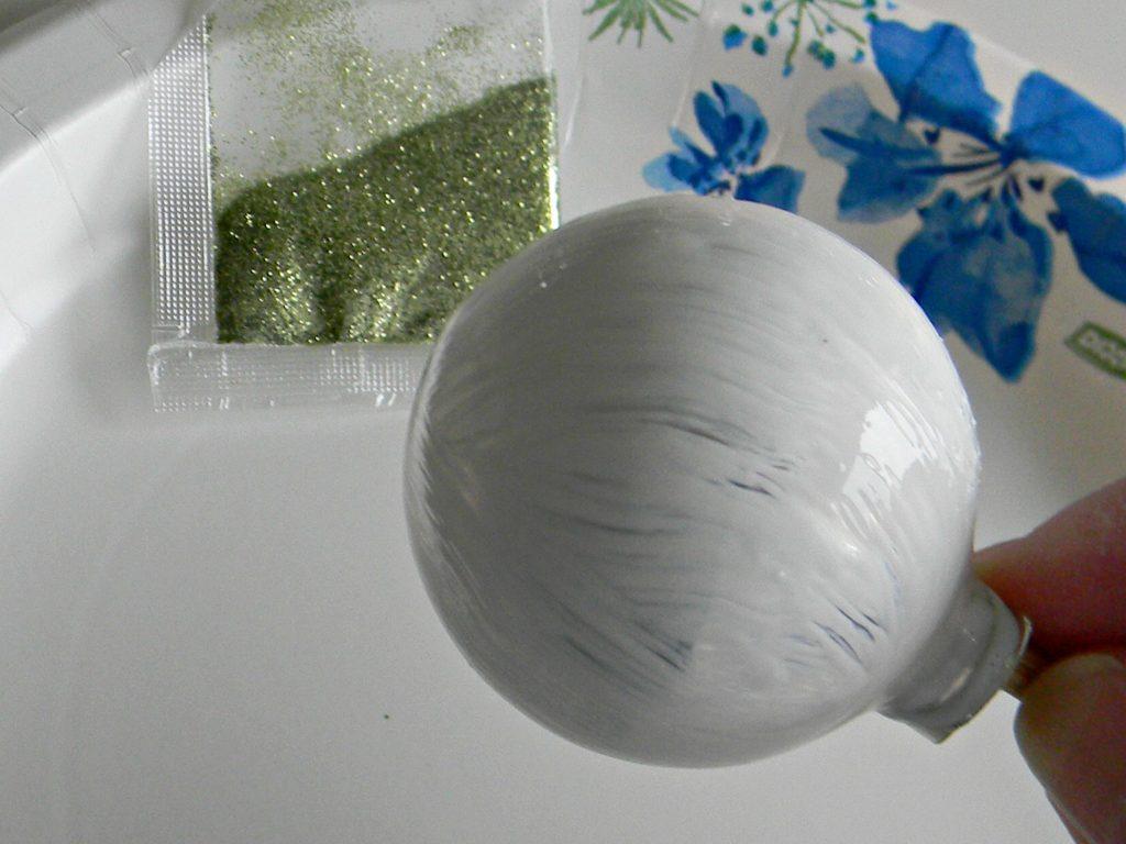 glitter ornament mod podge