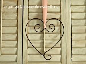 Valentine's Day Mantel 6.1