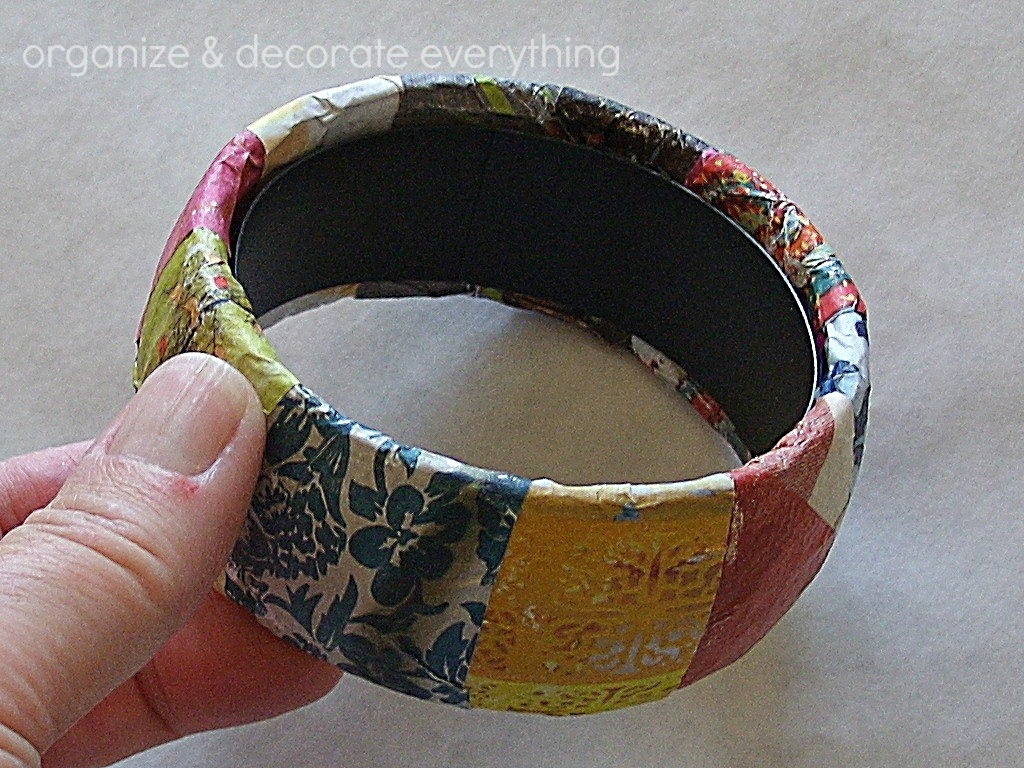 magazine pages bracelet 7.1