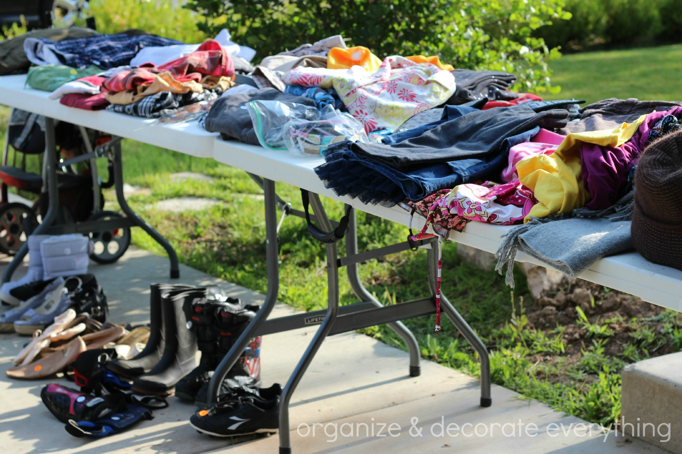 Attractive Garage Sale Ideas Organize Part - 10: Garage Sale 4.1