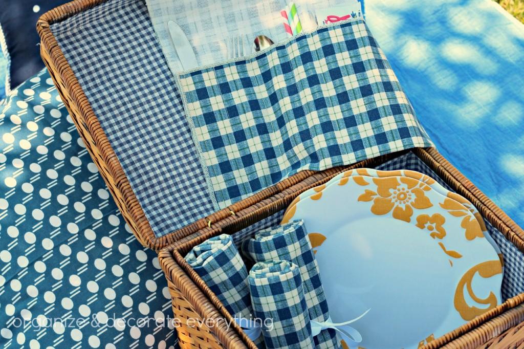picnic utensil carrier 18.1