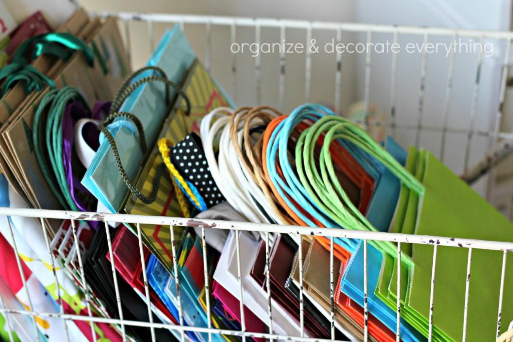 Laundry basket 11.1