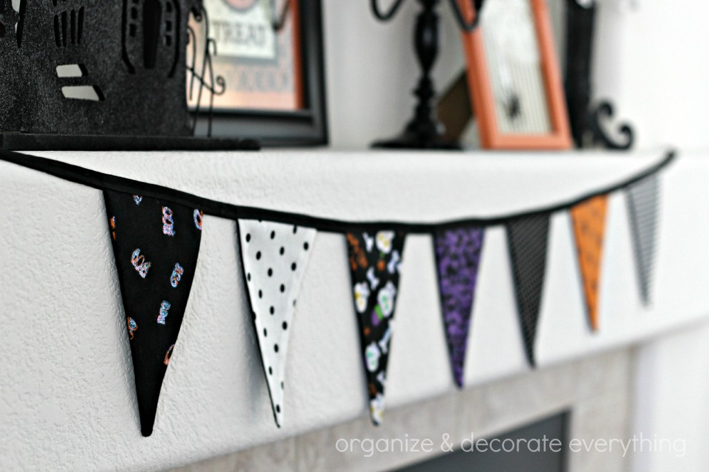 Orange & Black Halloween Mantel 3.1