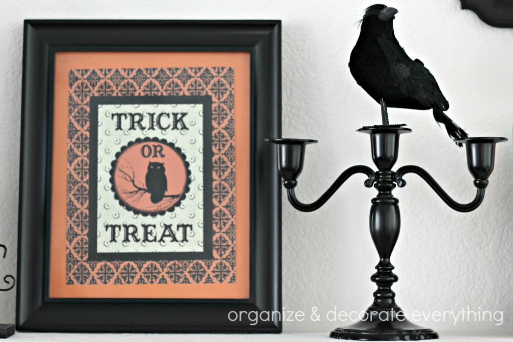 Orange & Black Halloween Mantel 6.1