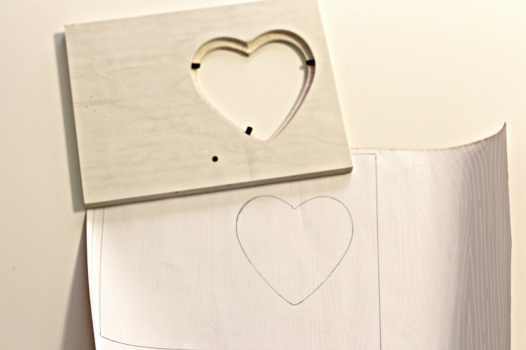 wood grain heart frame 3