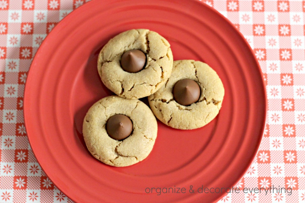 3 ingredient peanut butter cookies.1