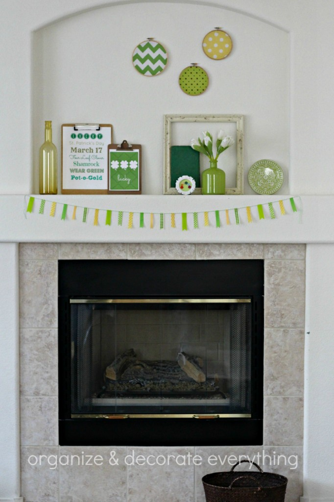 Green & Yellow St. Patrick's Day Mantel 2.1