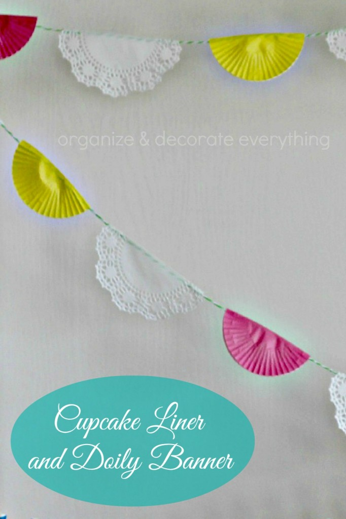 Cupcake and Doily Banner 10.1