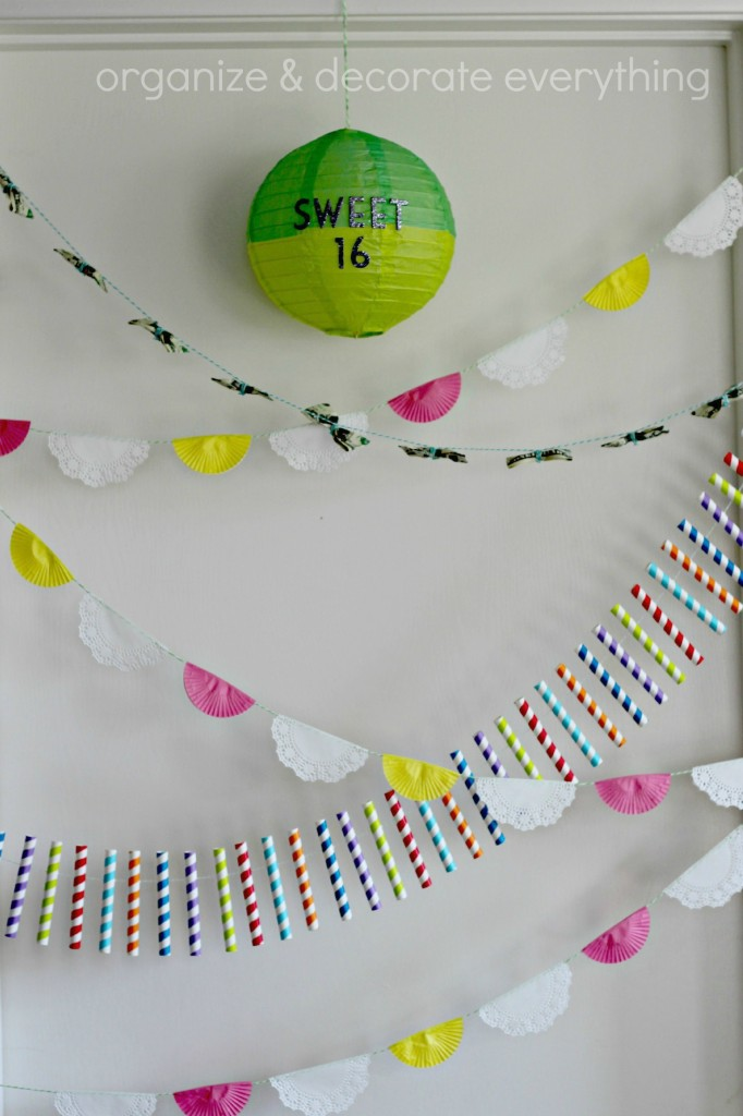 Cupcake and Doily Banner 3.1