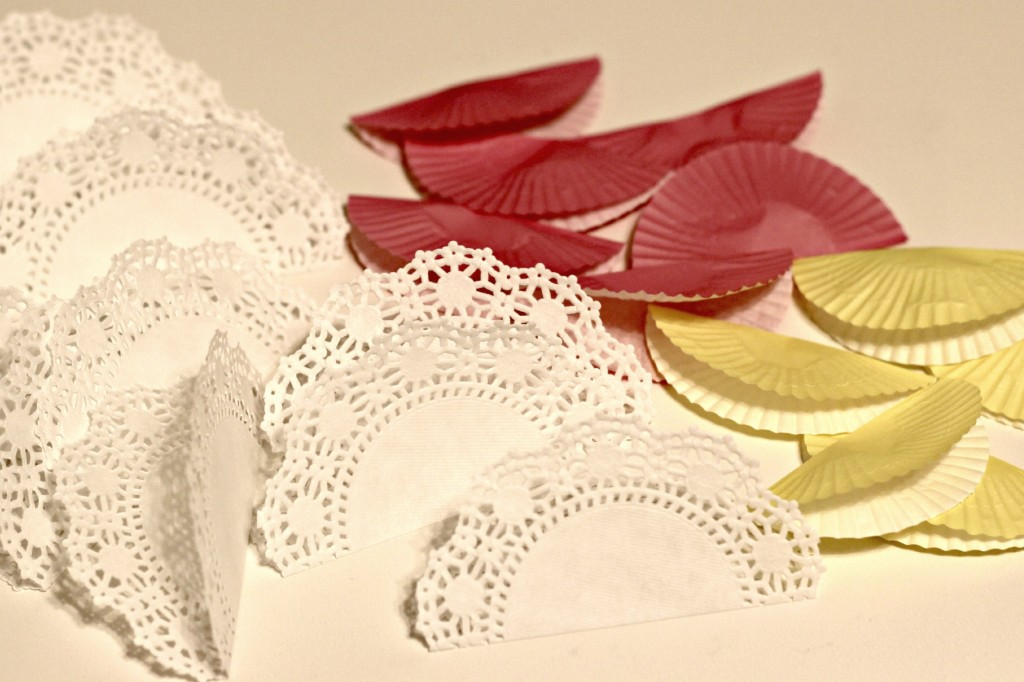 Cupcake and Doily Banner 7