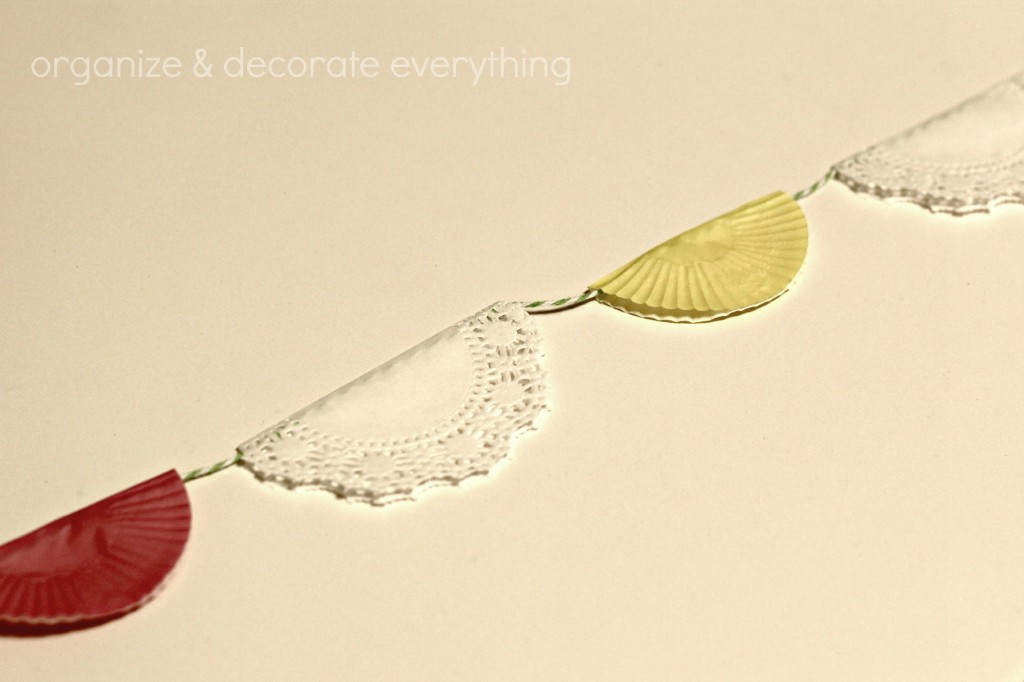 Cupcake and Doily Banner 9.1