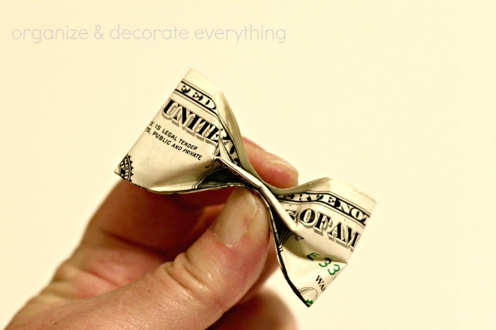 Dollar Bow Garland 3.1