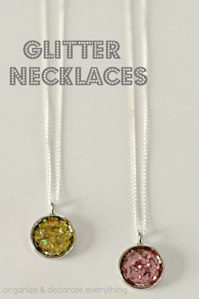 Glitter Necklace.1