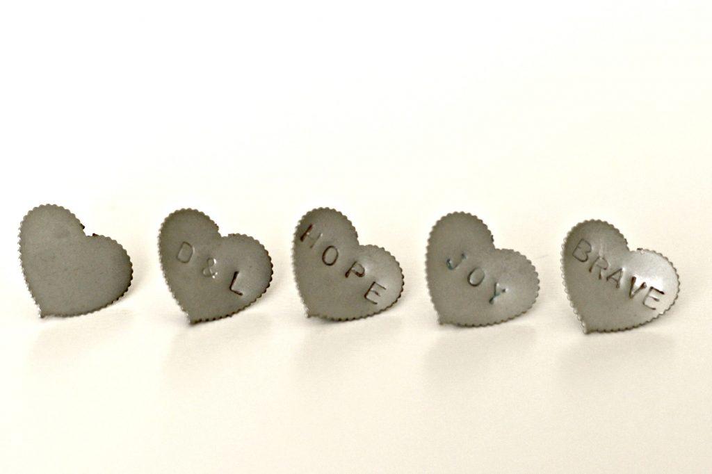 metal stamped push pins 3