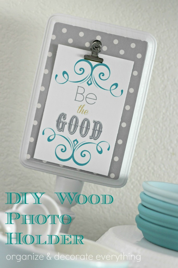 DIY Wood Photo Holder 2.2