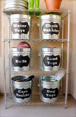 bucket organizing