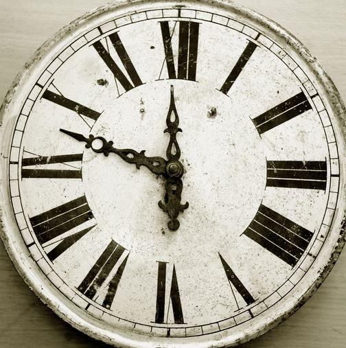 organizing-clock
