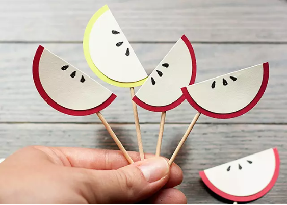 Paper Apple Slices