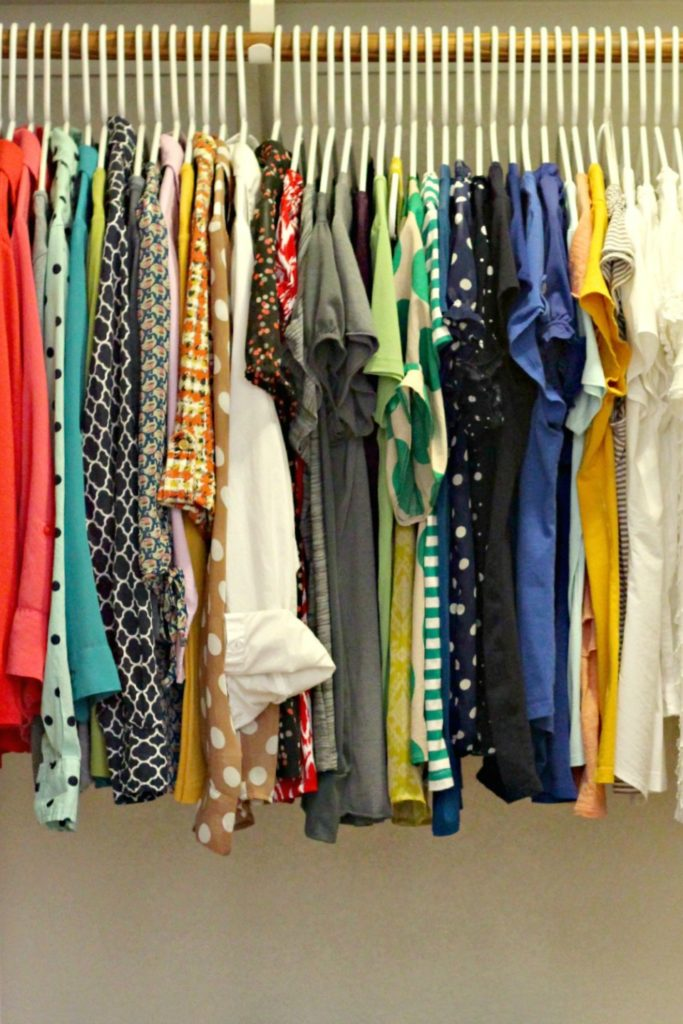 Organizing Hanging Clothes 15 minutes