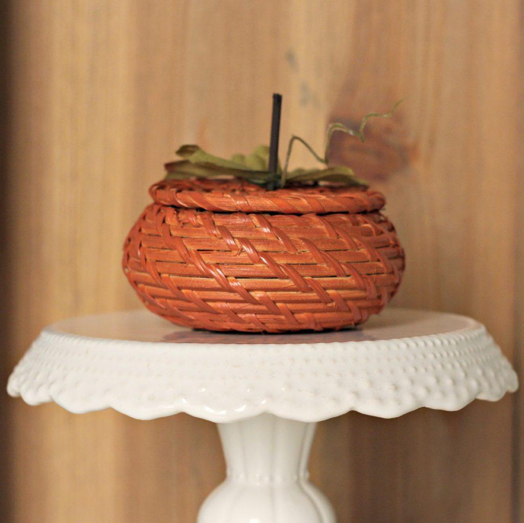 Wicker Basket pumpkin 5