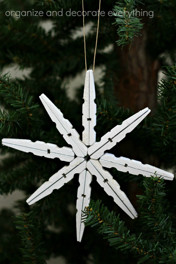Clothespin Snowflake Ornament 5.1