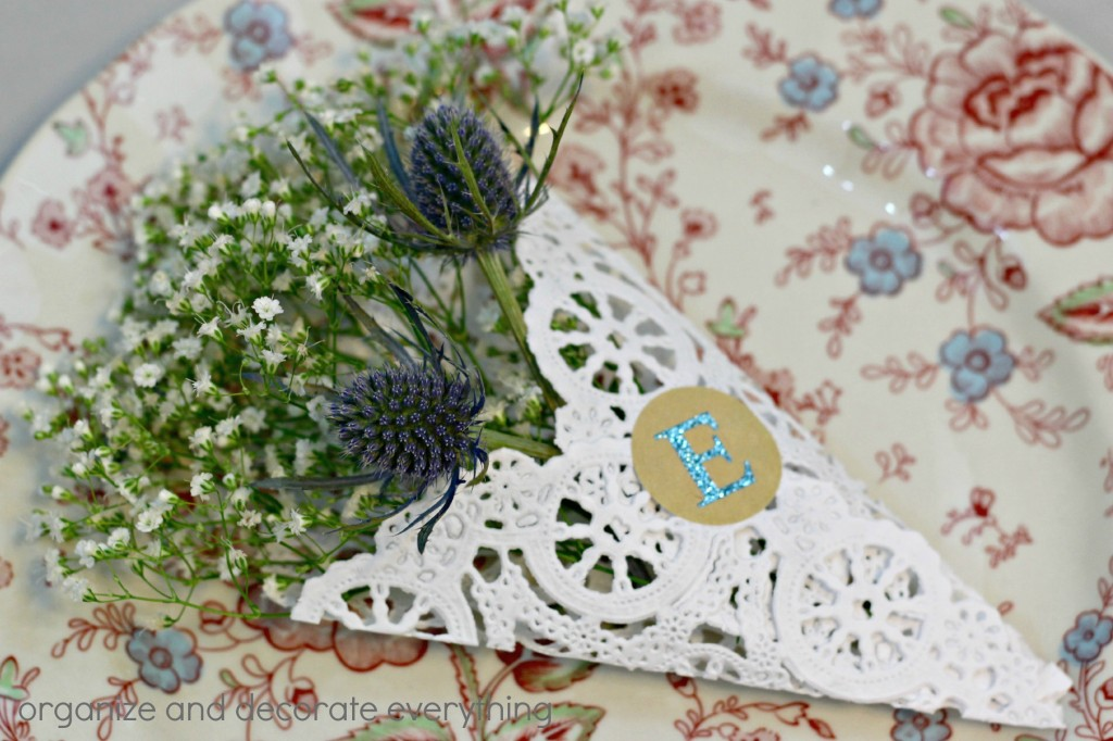 Doily Place Cards 1.1