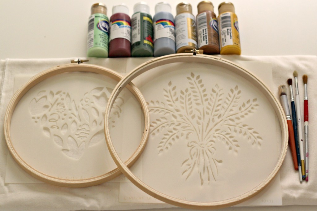 Stenciled Hoop Art 11
