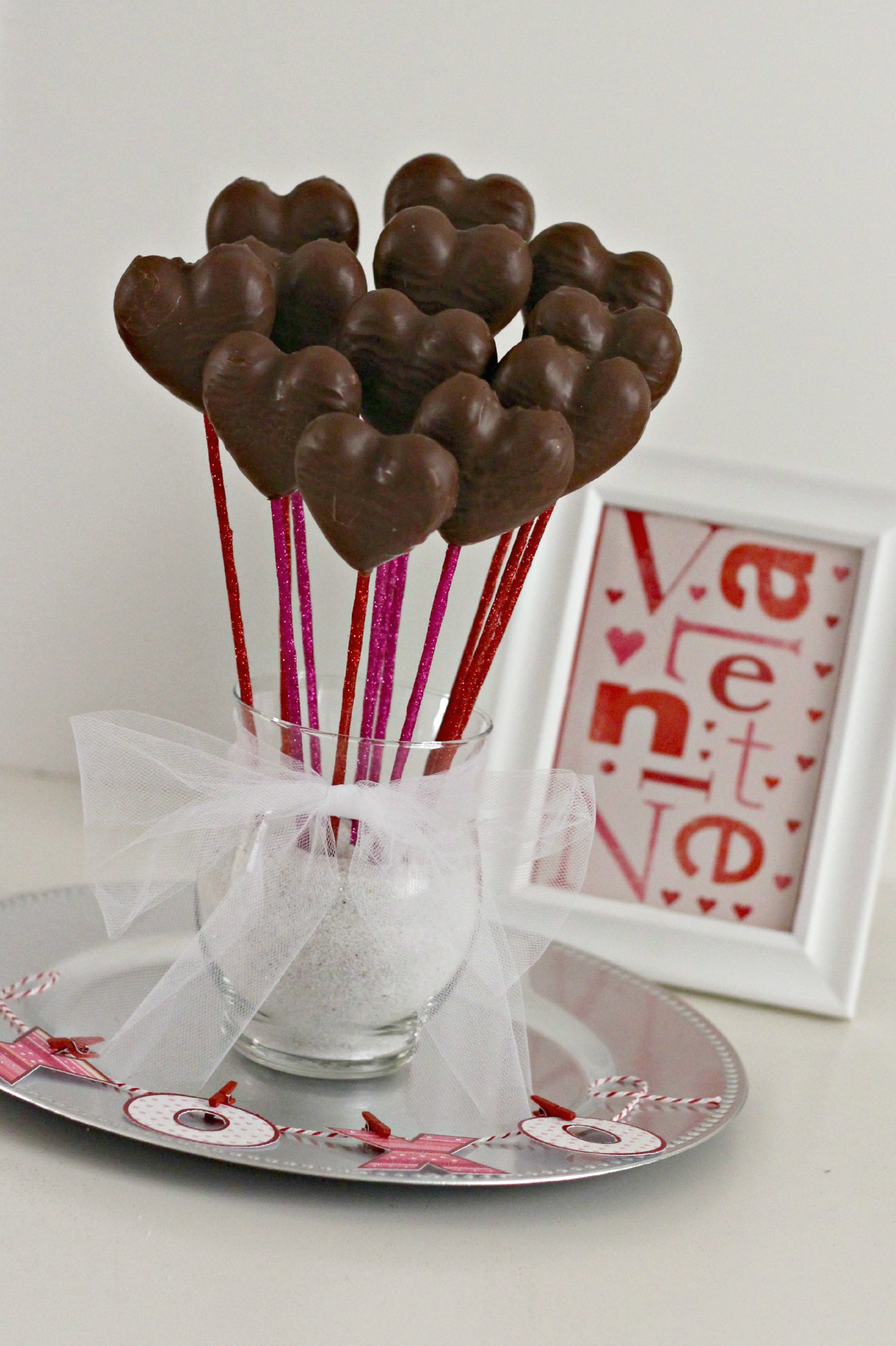 Valentine S Day Candy Bouquet Gift Basket Organize And Decorate