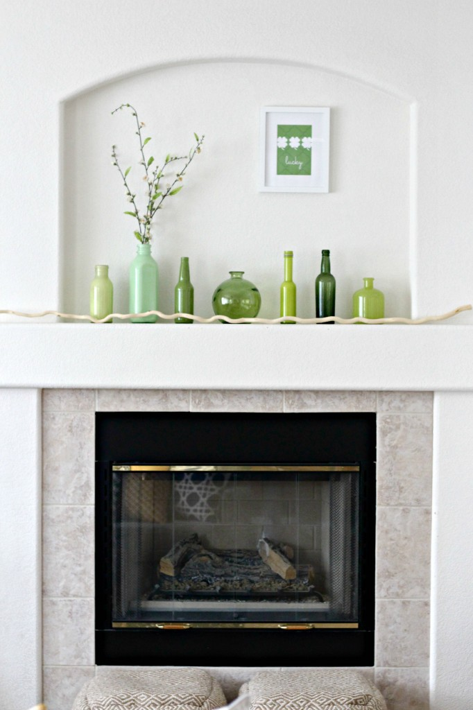 Simple St. Patrick's Day Mantel 4