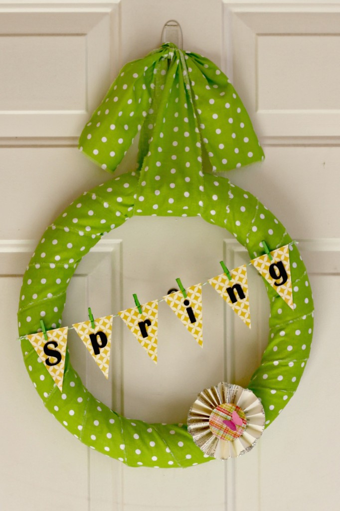 polka dot Spring wreath 2